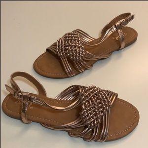 🆕 NWOT QUPID Rose Gold Sandals Size 7.5
